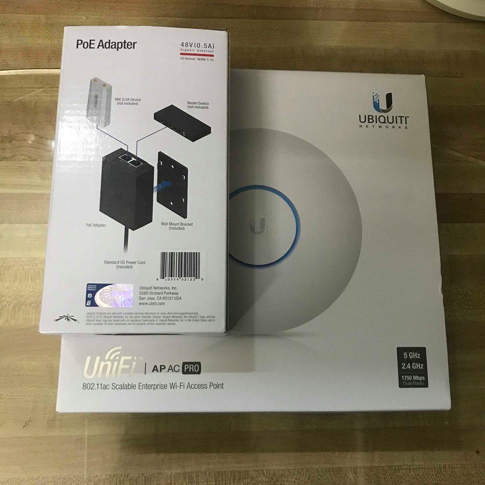 Điểm truy cập không dây Ubiquiti Unifi AP AC PRO AC1750 model UAP-AC-PRO